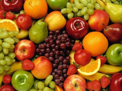 Fresh fruits and vegetables are an excellent source of Quercetin