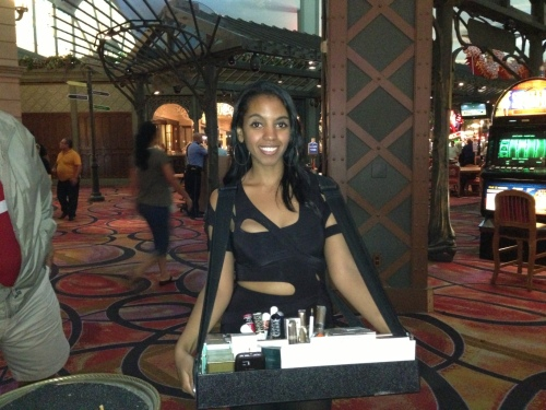 I was surprised to see waitresses selling cigars and cigarettes in the casino.