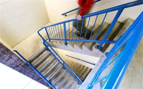 stairwell_2733483b