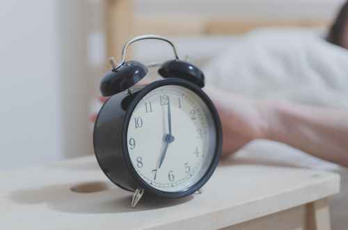 alarm alarm clock analogue clock