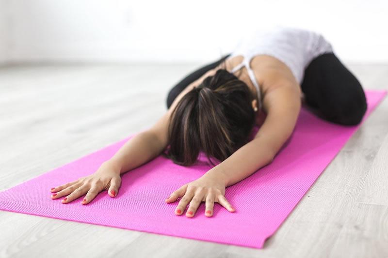 yoga-pain-sleep-neurosciencews-public